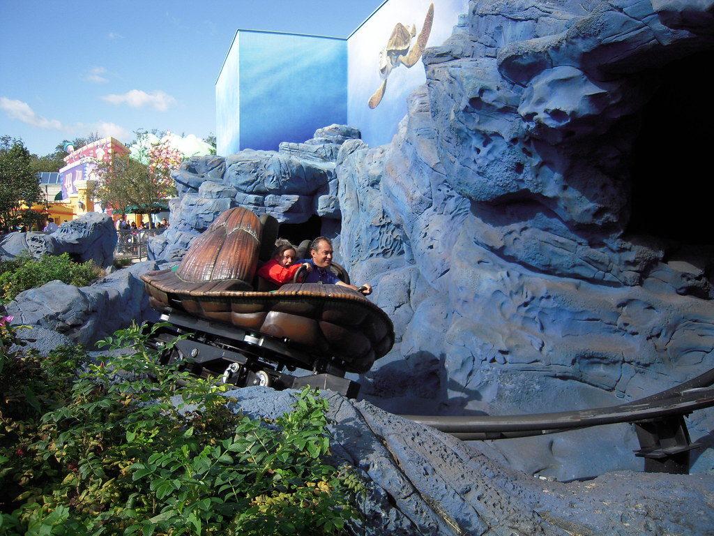 Crush's Coaster - Disneyland Paris