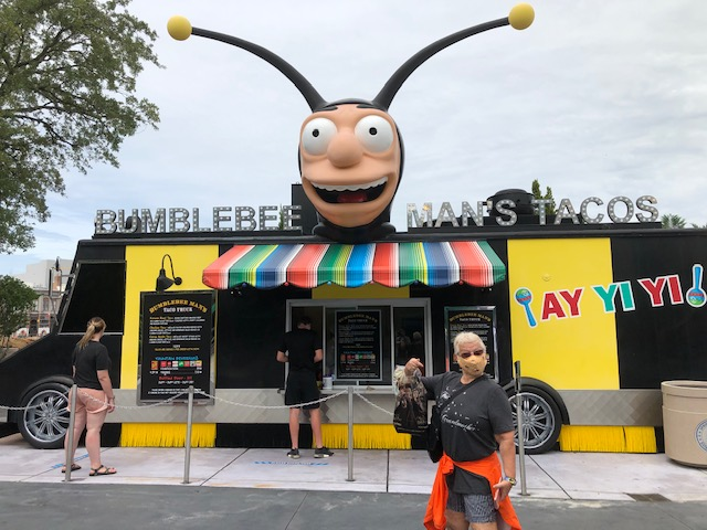 Food Stand at Universal Orlando Reopening Covid 19