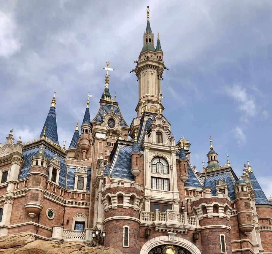 Enchanted Storybook Castle, Shanghai Disney