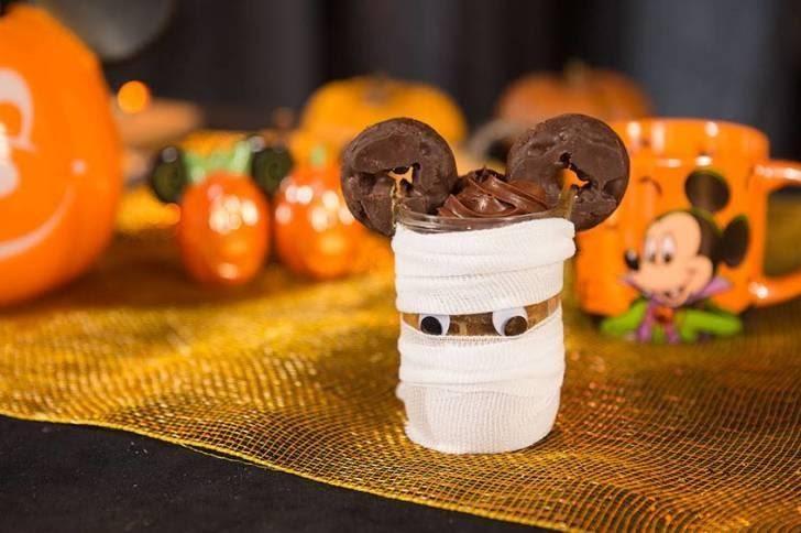 Mickey Mummy Jar Disney Halloween Treats