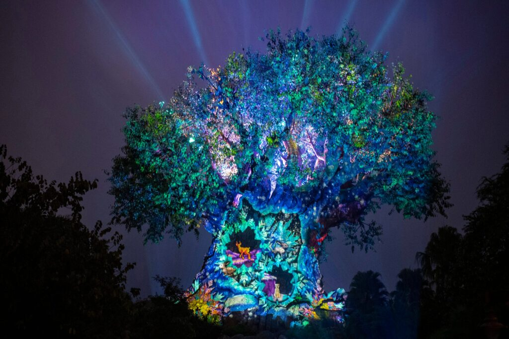 animal kingdom christmas tree of life
