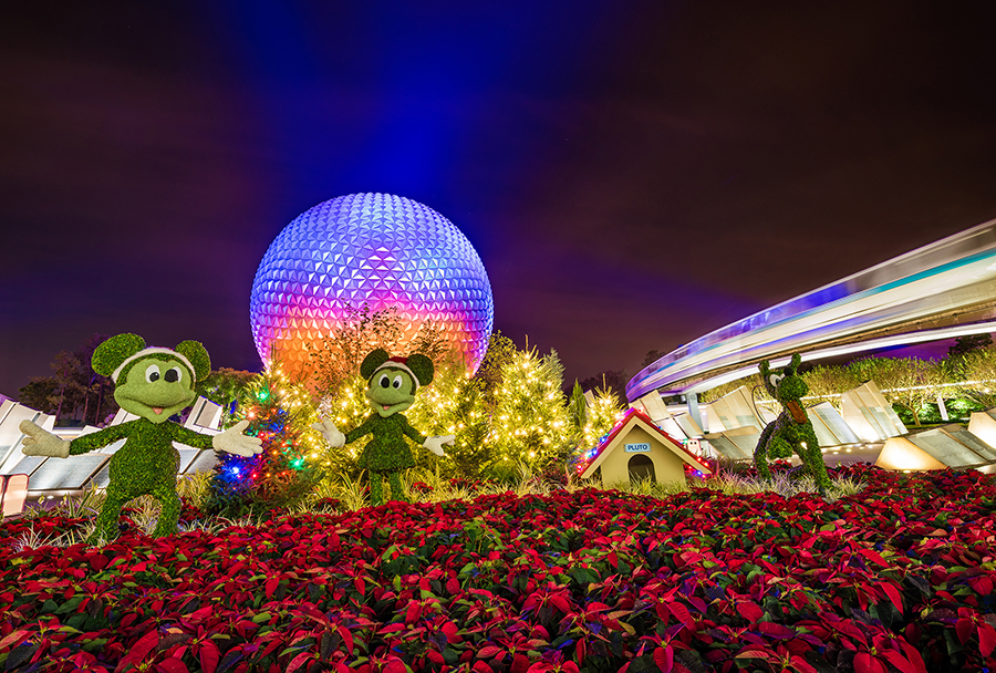 christmas-topiaries-spaceship-earth-monorail