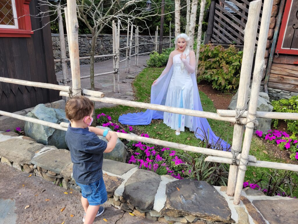 Elsa Character Meet & Greet in Norway Pavilion at Royal Sommerhus