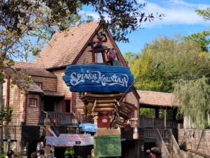 Sign for Splash Mountain at Magic Kingdom