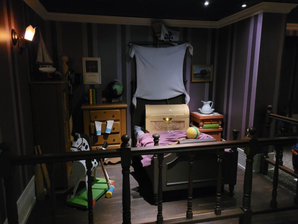 Peter Pan's Flight Queue - Wendy's Bedroom