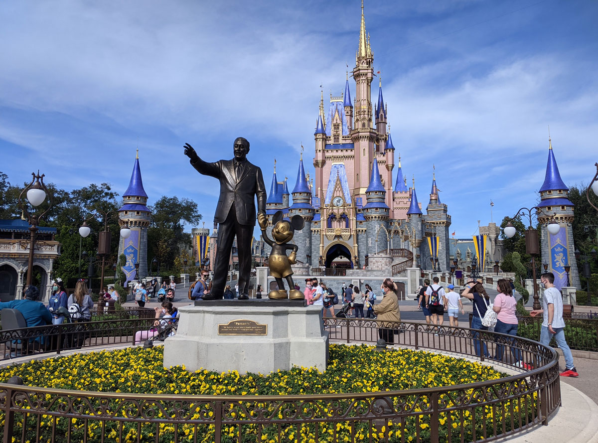 walt-and-mickey-in-front-of-Cinderella's-castle