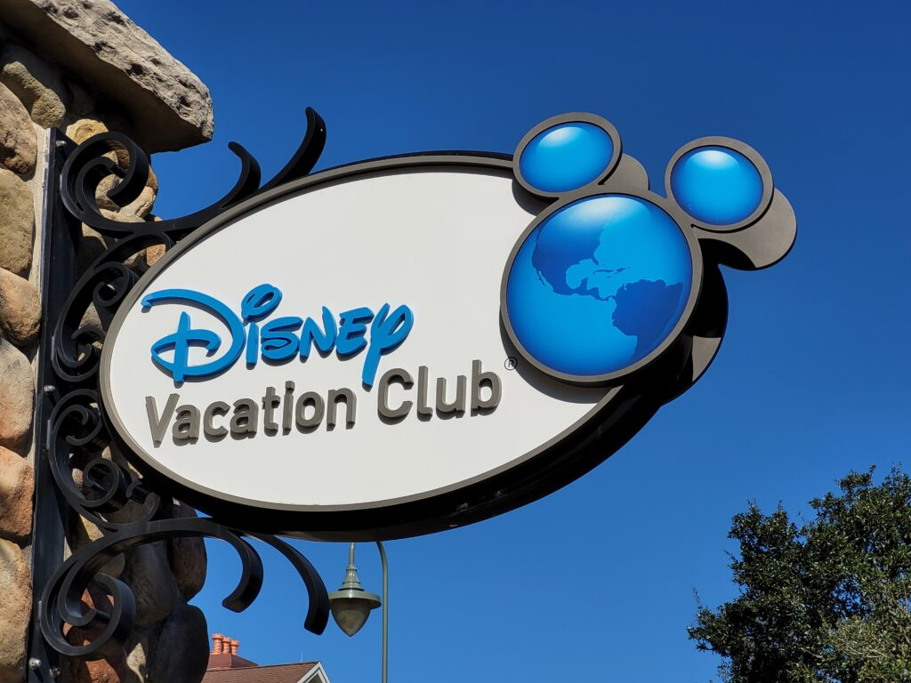 Disney Vacation Club Sign at Saratoga Springs