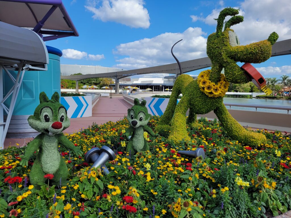 Pluto and Chip 'n' DaleTopiary