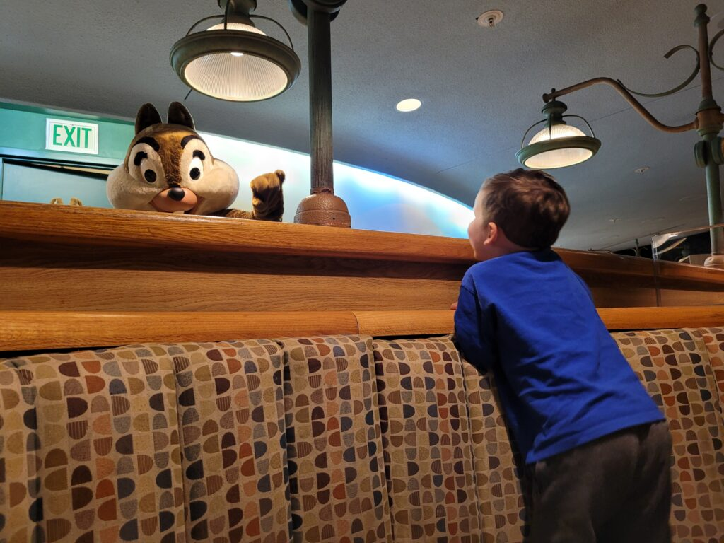 Chip Waving at Epcot's Garden Grill