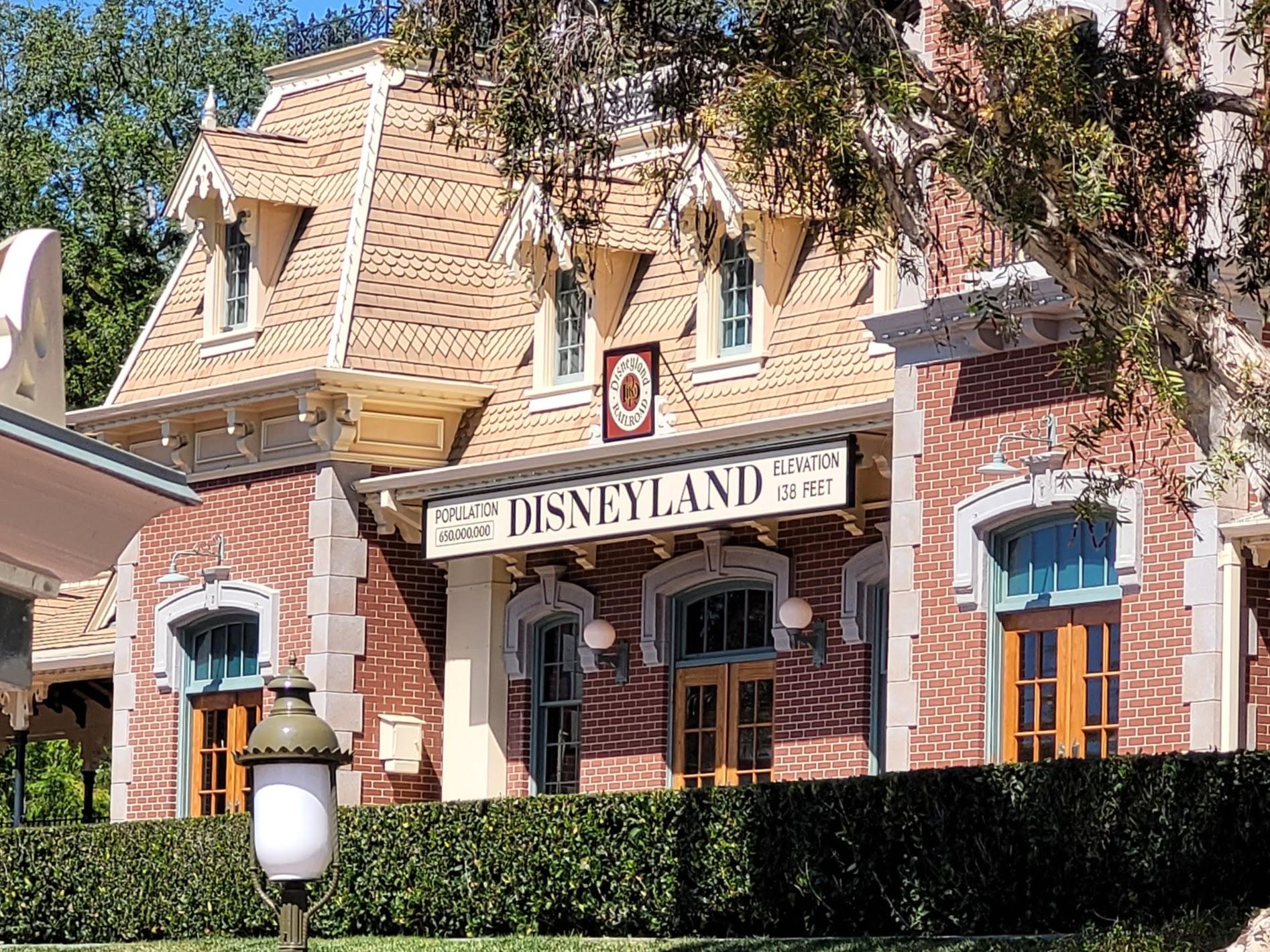 Disneyland Sign at Entrance Near Disneyland Railroad