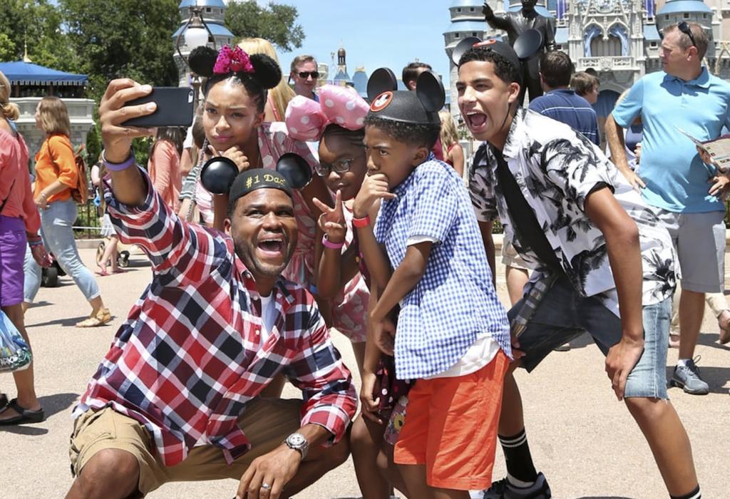 Black-ish TV sitcom filmed an espisode at the Disney Parks.