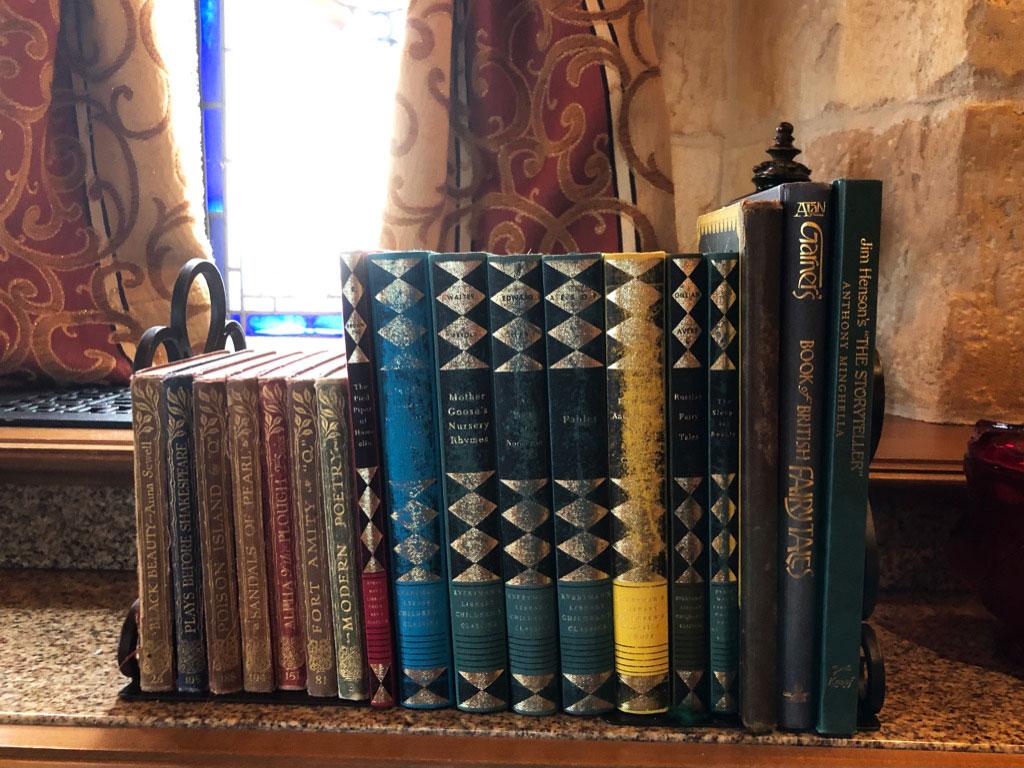 Cinderella Castle Suite Double classic story books