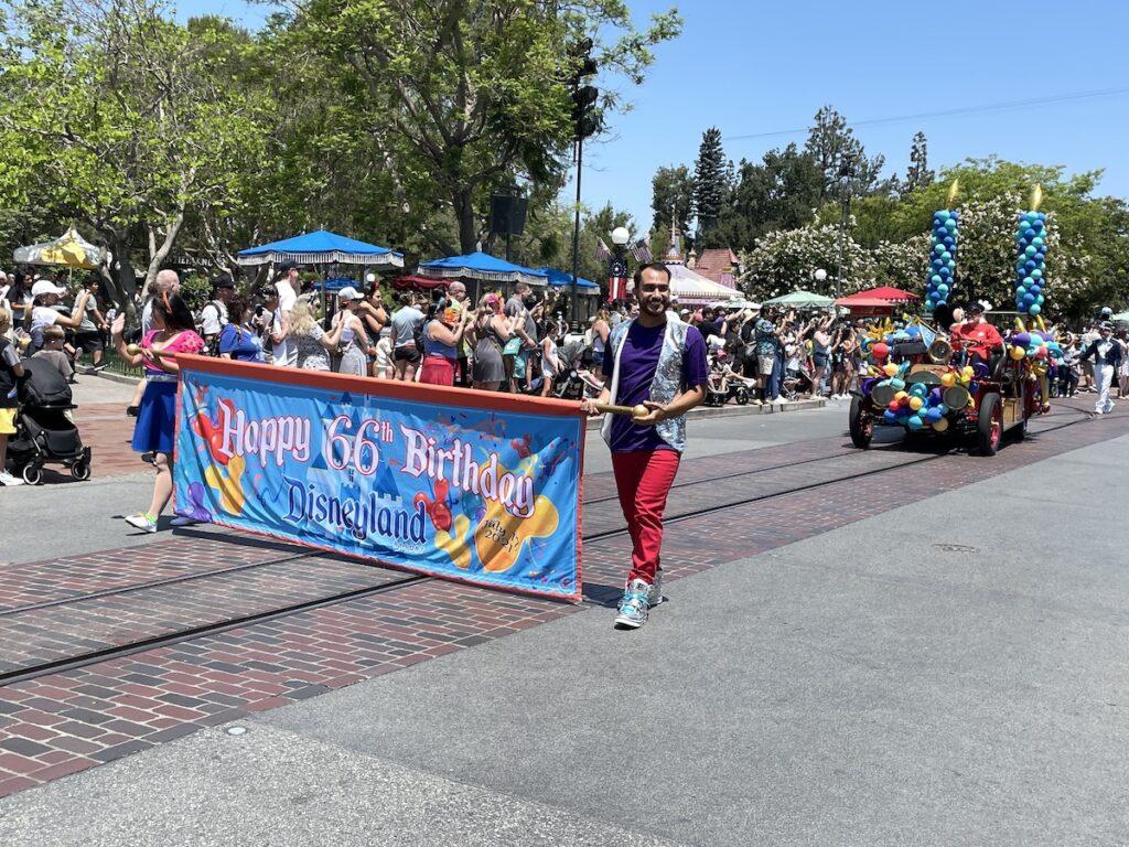 Disneyland cavalcade