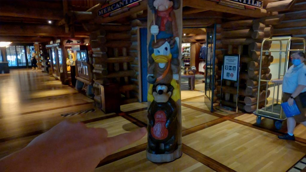 Humphrey Resort Mascot - Wilderness Lodge