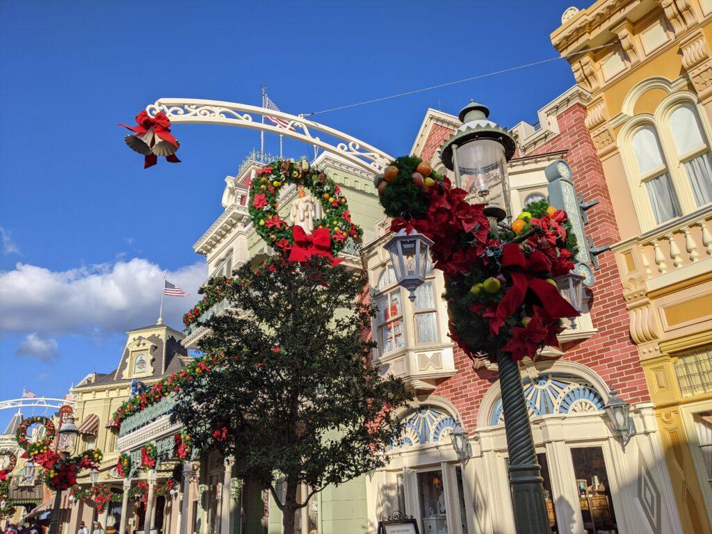 Lamp Post with Christmas Decorations - Magic Kingdom