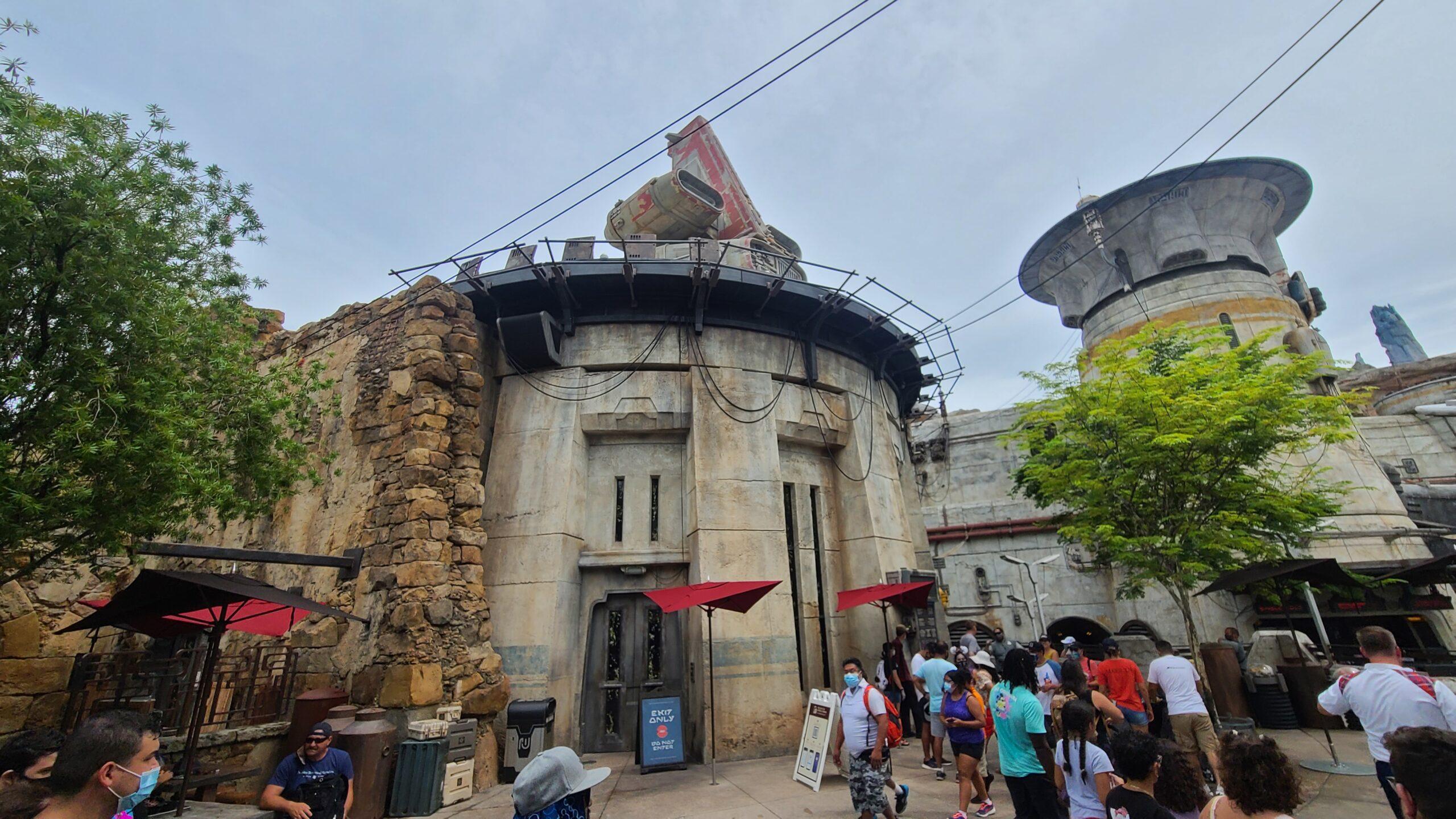 Docking Bay 7 Restaurant exterior - Disney World