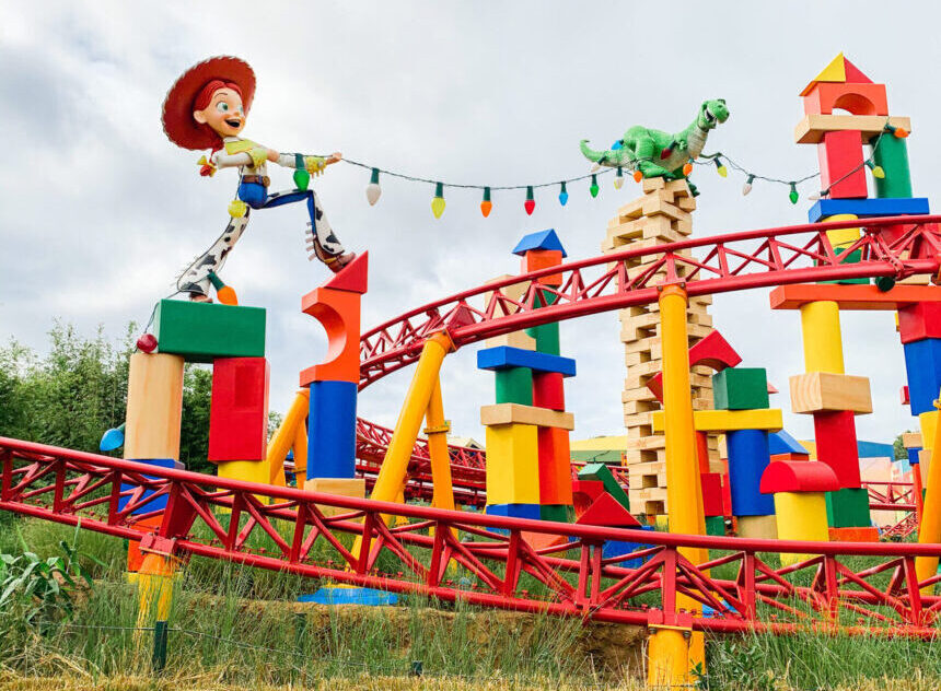 Slinky Dog Dash Attraction - Disney World
