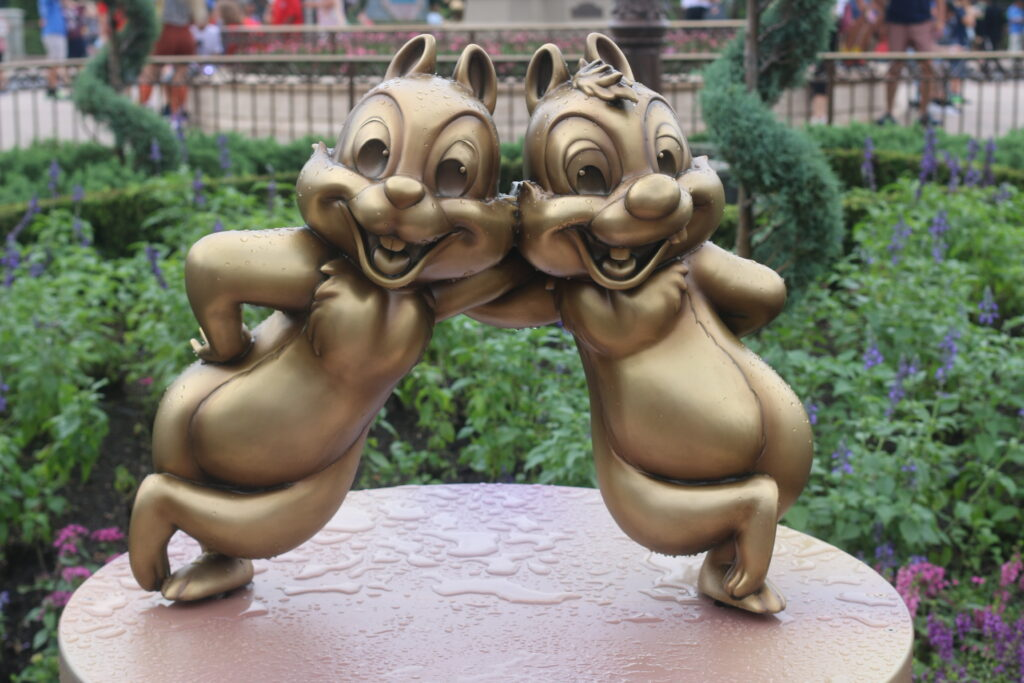 Chip and Dale statue at Walt Disney World 50th