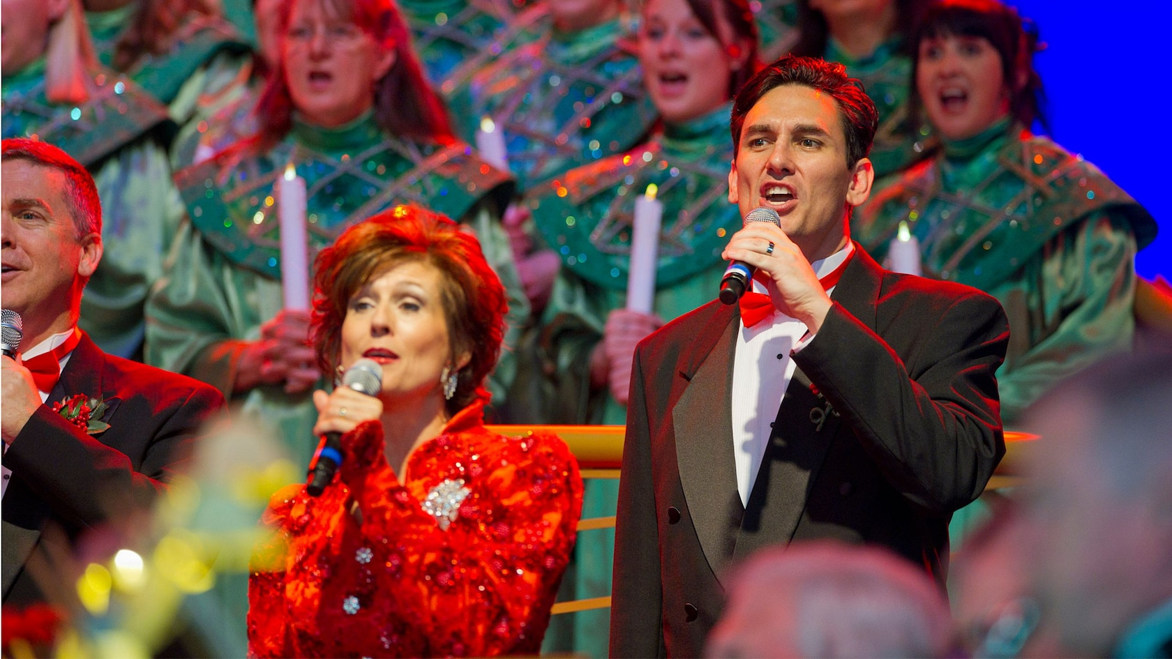 Live Performance from the Candlelight Processional at Epcot